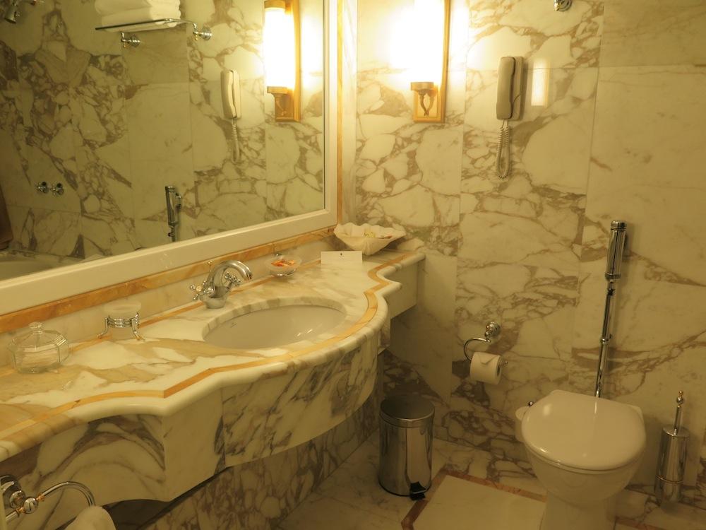 Bathroom Royal Olympic