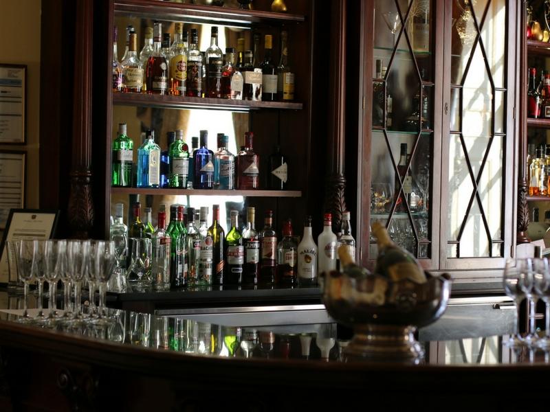 bar in hintlesham hall